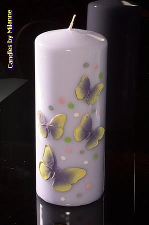 Schmetterling Stumpe Kerze Violet  H: 17 cm