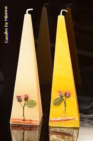 Roos Piramide kaars, 23 cm, 2 STUKS