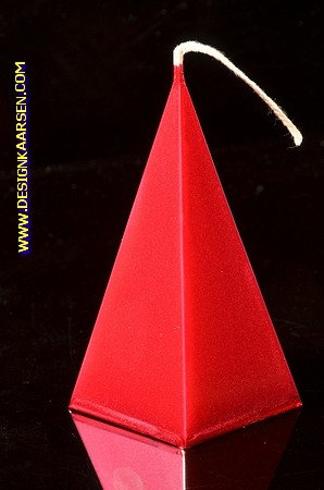 5 kantige Piramide Kaars, ROOD METALLIC, hoogte 11 cm