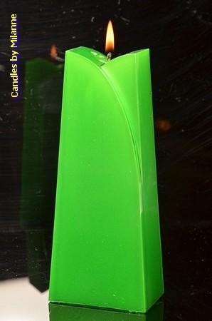 Adele Kaars, GROEN METALLIC, hoogte: 19cm