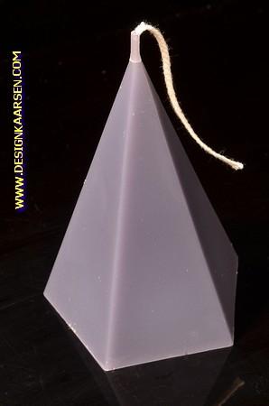 5 kantige Piramide Kaars, MASSIEF GRIJS, hoogte 11 cm