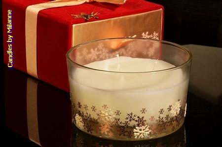 Kerze WEISS  mit 3 Dochten in luxuriöser Geschenkbox