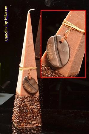 Koffie Kaars Piramide, BRUIN, 33 cm