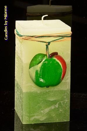 Appel kaars, rechthoek, H: 14 cm