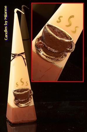 Kopje Koffie, Piramide kaars, H: 30 cm