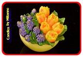 Blumentopf Tulpe Kerze GELB 11x9cm mit Traubenhyazinthen