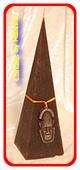 Masker Kaars Piramide, 23 cm