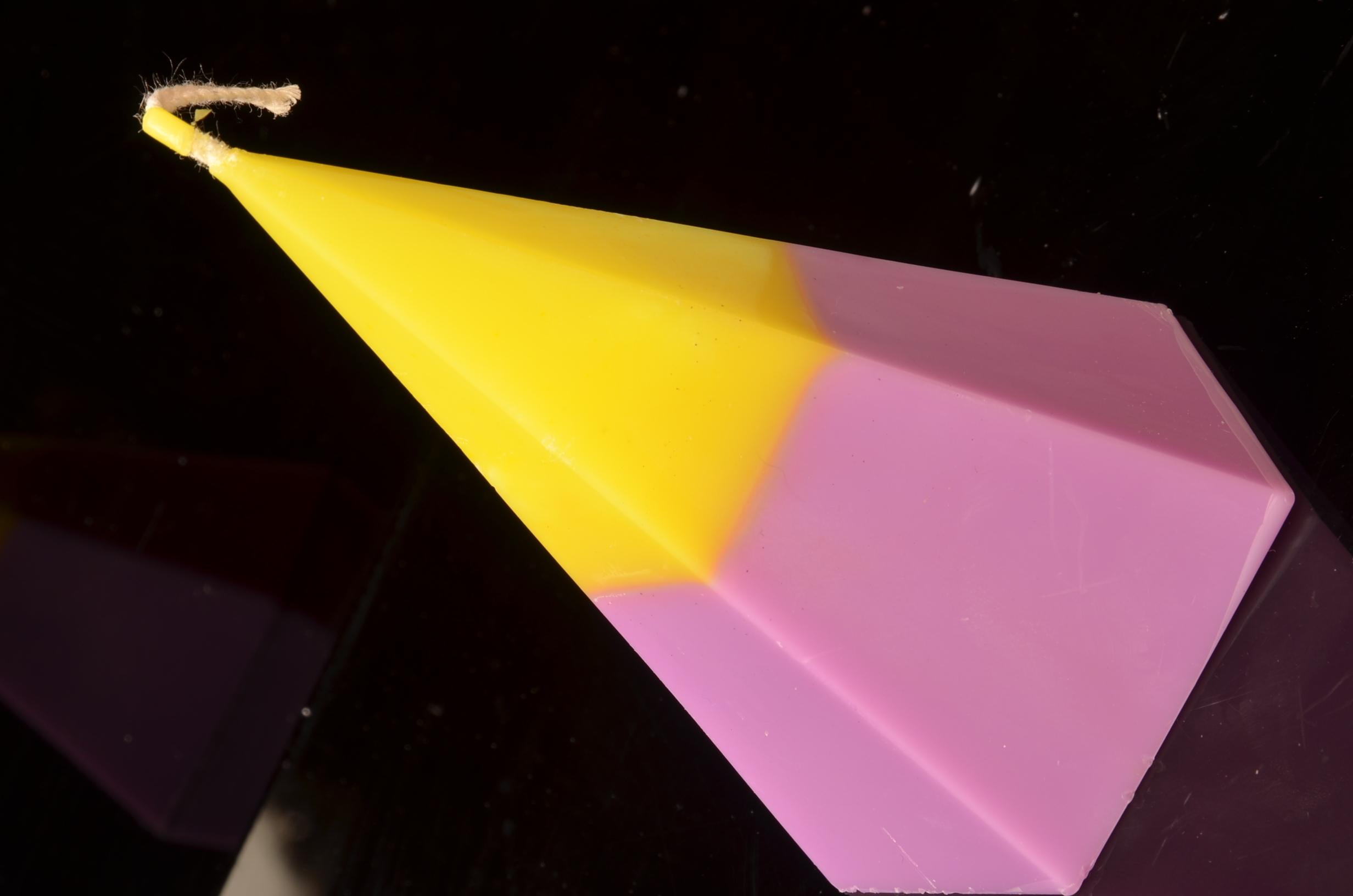 5 kantige piramide Kaars